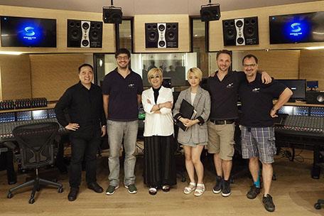 Yong Eun Kim, Bernd Mazagg, Hye Seung Nam, Su Bin Ahn, Martin Weismayr and Roland Tscherne in Control A